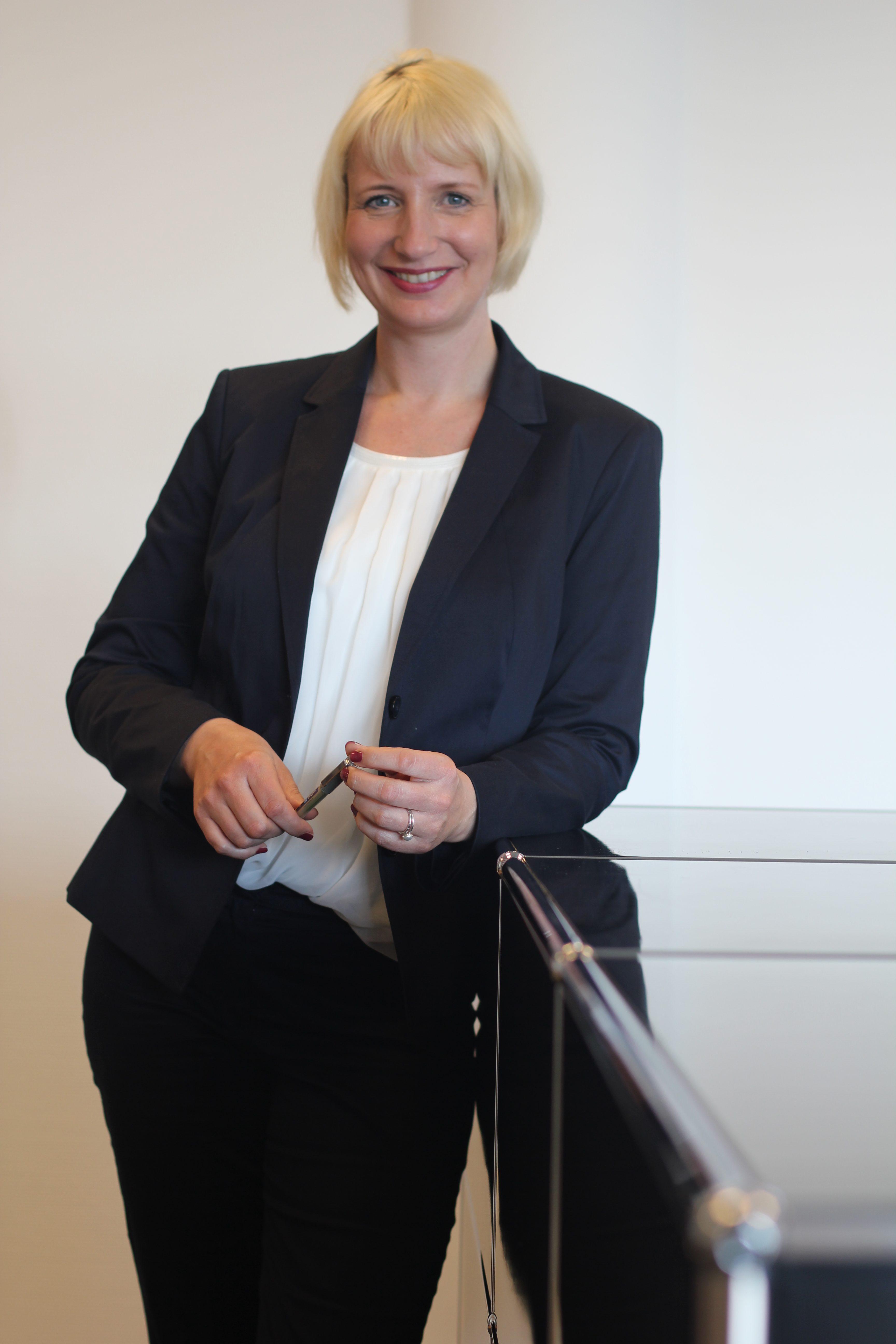 Dr. Anja Greiwe