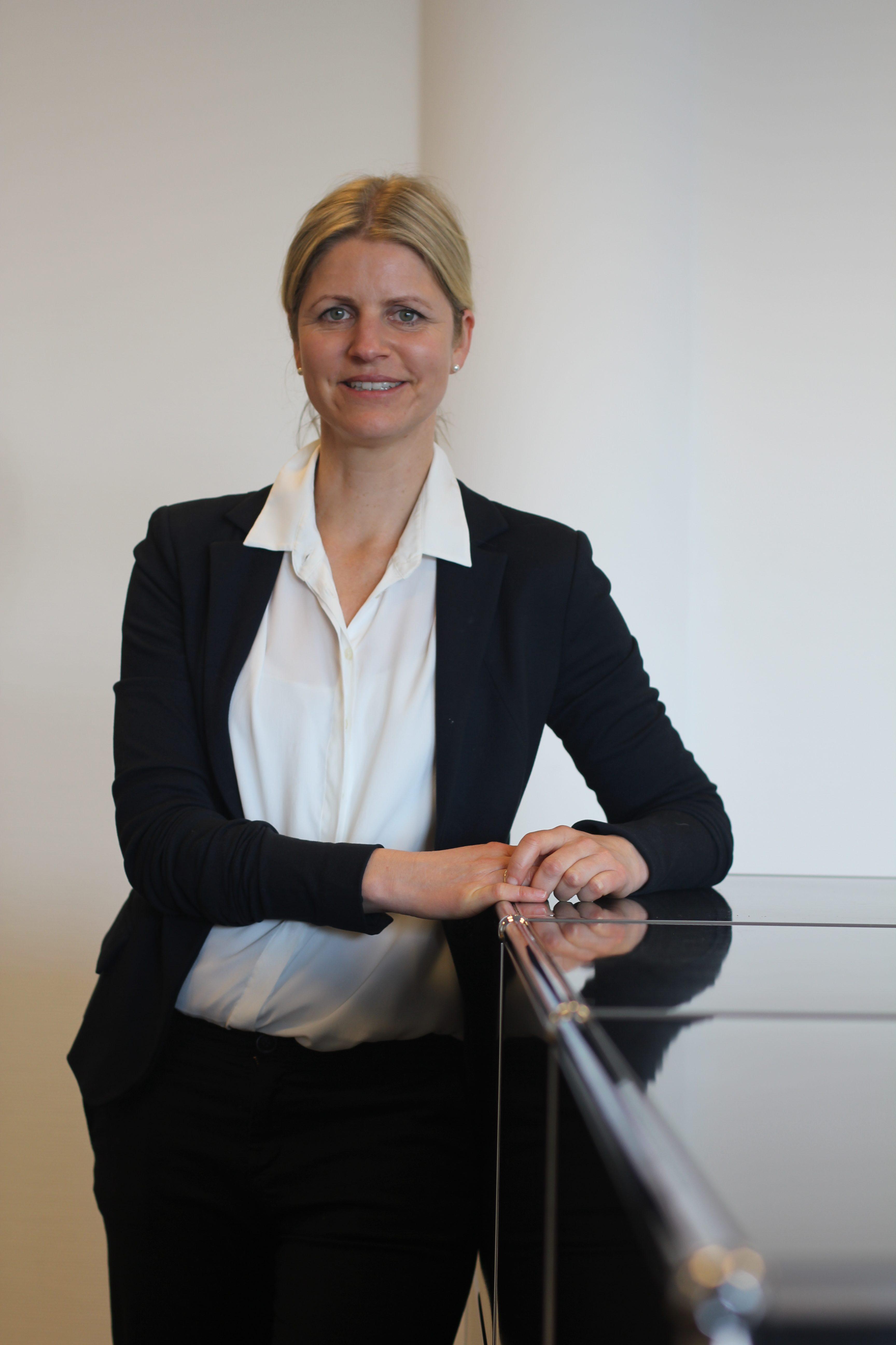 Dr. Maike Sieverding
